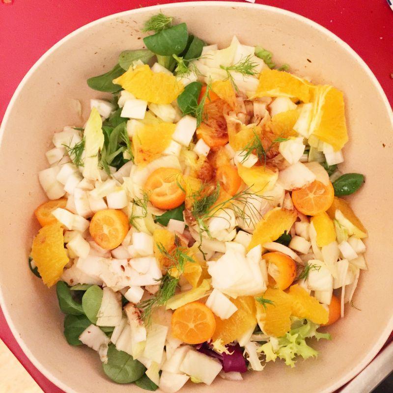 Bunter Salat mit Kumquats und Fenchel. Rezept: www.mesupermom.de