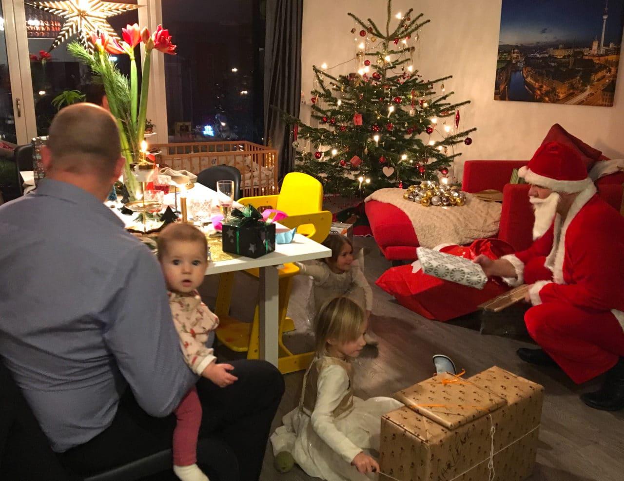 Geschenke für Kleinkinder zu Weihnachten - Super Mom Blog