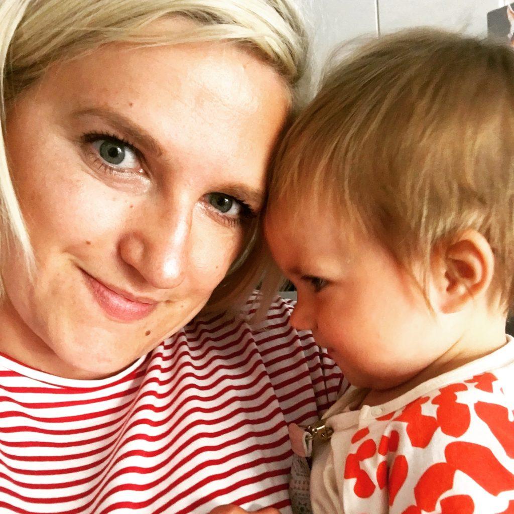 Mama Tochter www.mesupermom.de