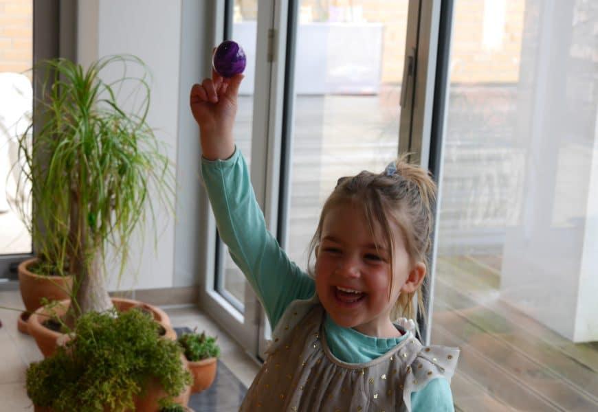 Ostern: 10 Geschenke für Kinder, die der Osterhase auch tragen kann
