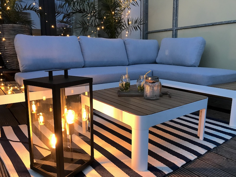 Terrassengestaltung-Outdoor-Lounge-Beleuchtung-Tchibo
