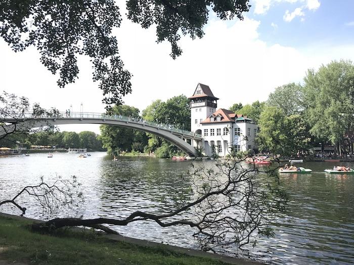Berlin mit Kindern: Vom Treptower Park über die Insel der Jugend zum verwunschenen Park