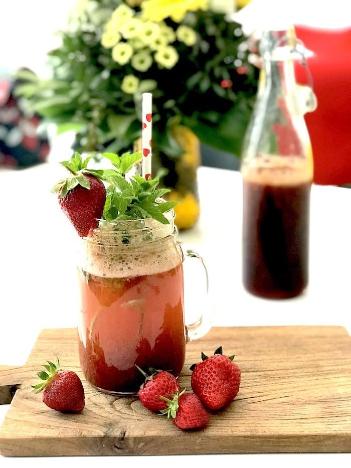 Erdbeersirup-Rezept-Cocktail