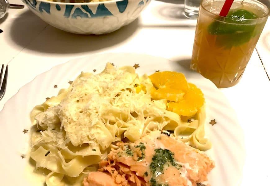 Rezept: Pasta mit Lachs und Orangensauce