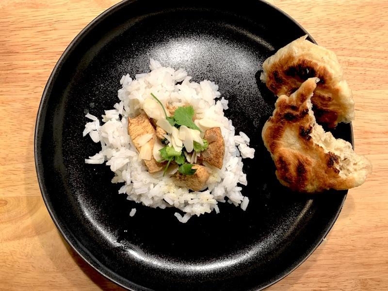 Rezept: Hähnchencurry mit Reis und Fladenbrot