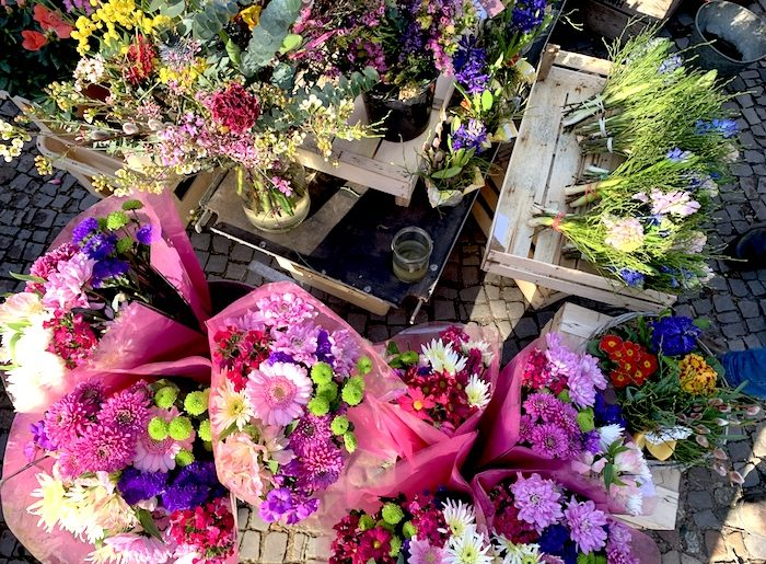 Supermom_Mamablog_Wochenmarkt Blumen