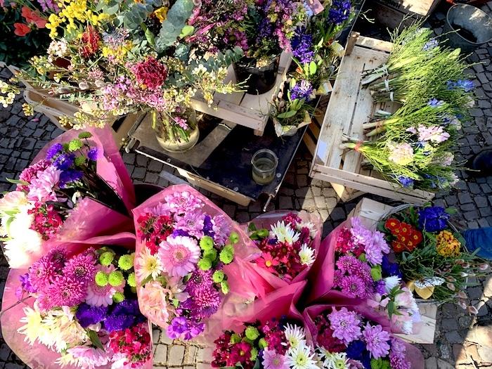 Supermom_Mamablog_Wochenmarkt Blumen