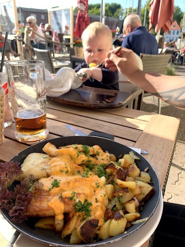 Supermom_Fehmarn_Kueselhof_Restaurant Zum goldenen Anker