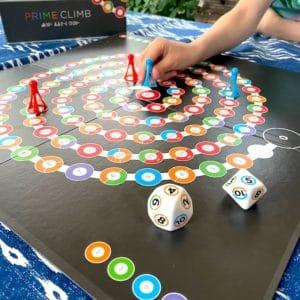 Spielerisch Spaß am Rechnen – das geht! Mit Prime Climb von ThinkFun